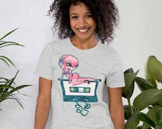 lady wearing grey alien t-shirt